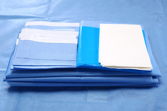 China CE / ISO13485 Blue SMMS Sterile Fenestrated Drape for Abdorminal Surgery factory
