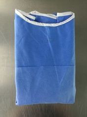 China Dustproof Non Woven Surgical Gowns Disposable For Hospital Isolate Blood distributor